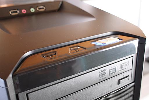 Core i7自作パソコン 電源ボタン