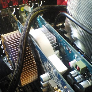 Core i7自作パソコン、ビデオカード増設完了